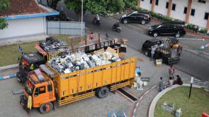 Pengangkutan barang dilaksanakan secara bertahap